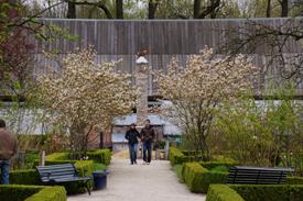 Lente in de Baron's Hof, kasteeltuin Kasteel Geldrop.