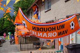 Oranje sfeer in de Coevering 2012